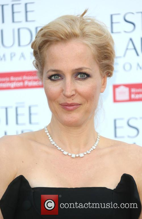 gillian anderson kensington palace fashion rules exhibition 3751077