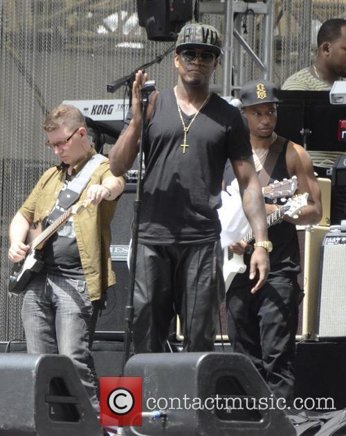 Ne-Yo and Shaffer Chimere Smith 2