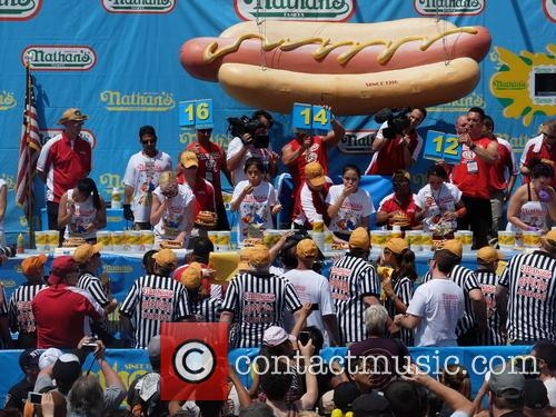 atmosphere 2013 nathans hotdog eating contest 3746255