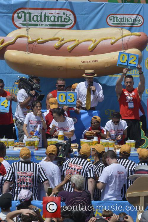 sonya thomas 2013 nathans hotdog eating contest 3746244
