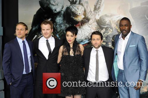 Charlie Hunnam, Rinko Kikuchi, Charlie Day and Idris Elba 4