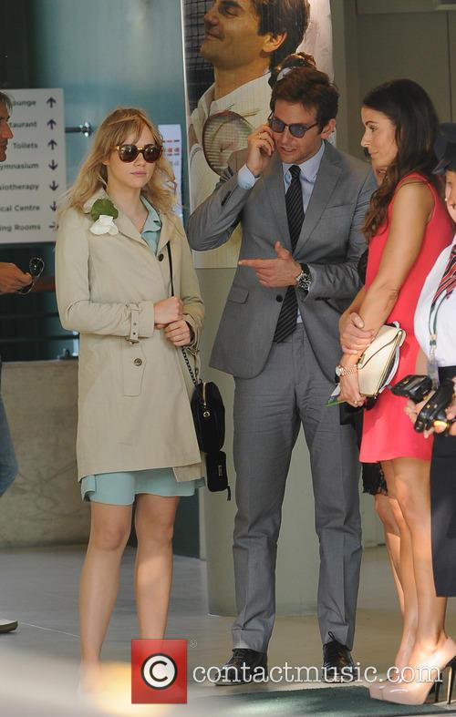 Bradley Cooper and Suki Waterhouse 8