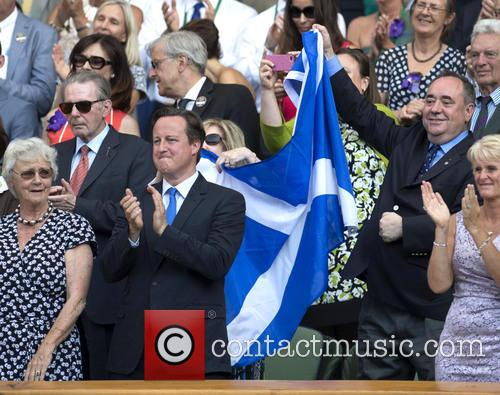 David Cameron and Alex Salmond 4