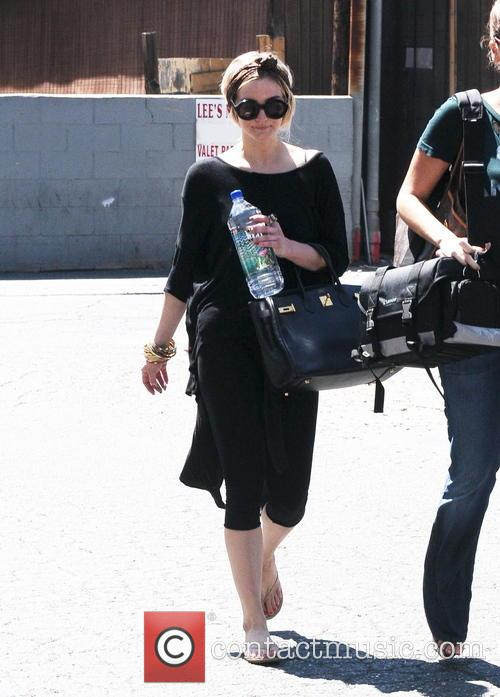ashlee simpson ashlee simpson spotted leaving the 3752061