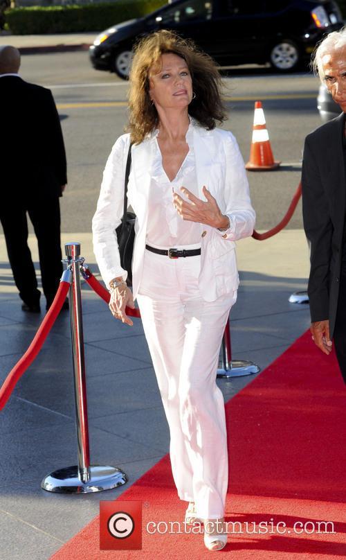 Jacqueline Bisset 5