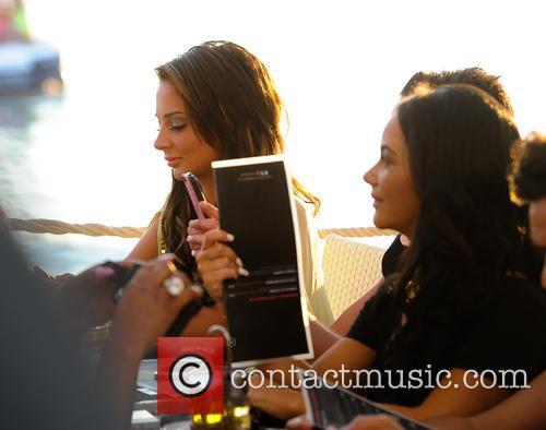 Tulisa Contostavlos has dinner at Cafe Mambo