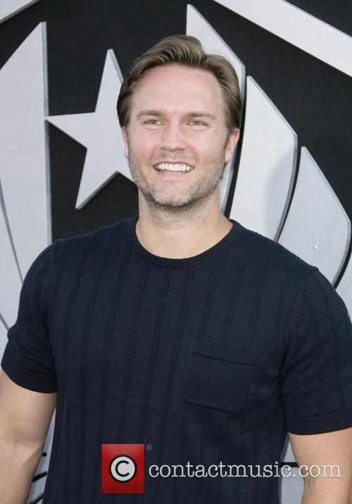 Scott Porter 6