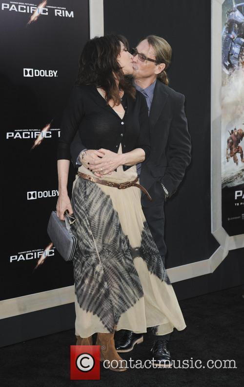 Katey Sagal and Charlie Hunnam 7