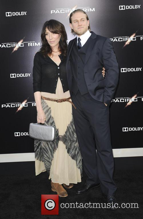 Katey Sagal and Charlie Hunnam 8
