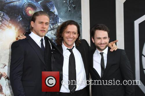 Charlie Hunnam, Clifton Collins Jr., Charlie Day, Dolby Theatre