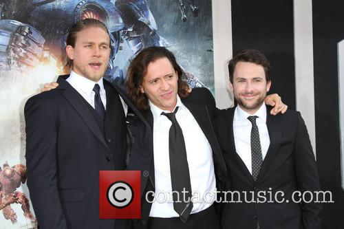 charlie hunnam clifton collins jr charlie day los 3753850