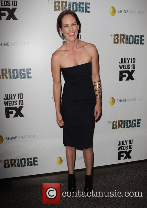 annabeth gish premiere of fxs the bridge 3750161