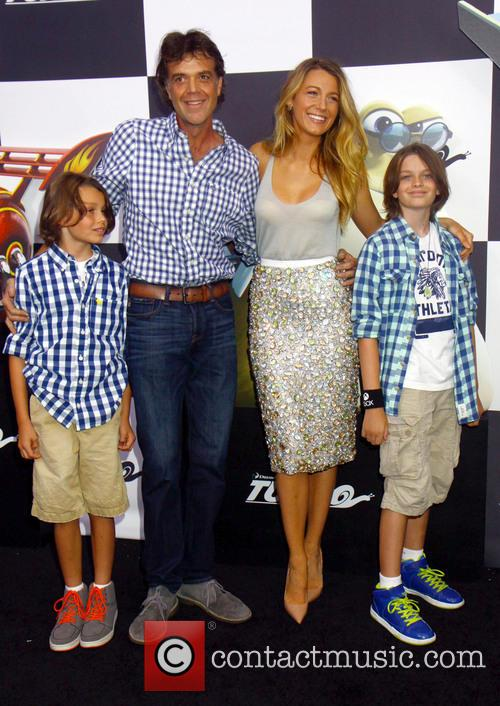 Blake Lively and Jason Lively 4