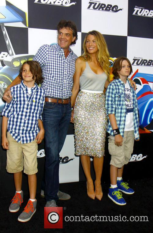 Blake Lively and Jason Lively 5