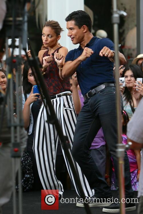 Nicole Richie and Mario Lopez 24