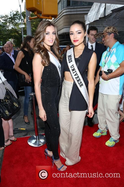 Olivia Culpo and Erin Brady 2