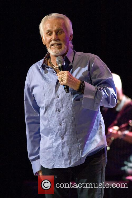 kenny rogers kenny rogers playing a headline 3754865