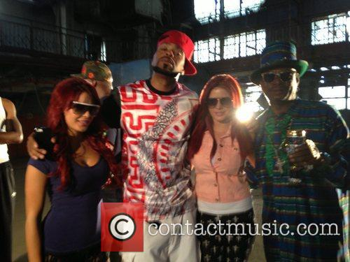 Carla Howe, Melissa Howe, Bishop Don Magic Juan and Method Man 2