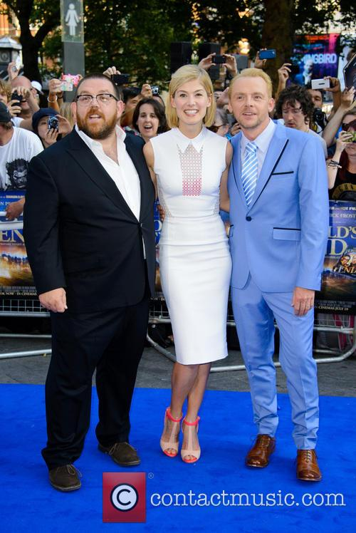 Nick Frost, Rosamund Pike and Simon Pegg 9