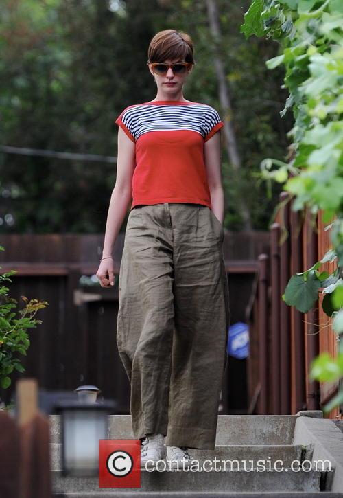 Anne Hathaway 37