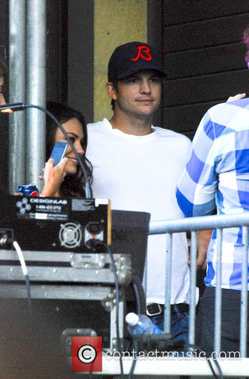 Ashton Kutcher and Mila Kunis 11