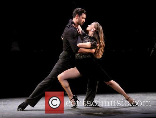 Karina Smirnoff and Maksim Chmerkovskiy 12