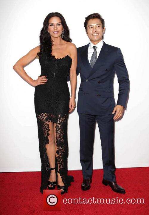 Catherine Zeta-jones and Byung-hun Lee 10