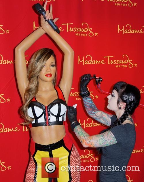 Rihanna and Jessica V 11