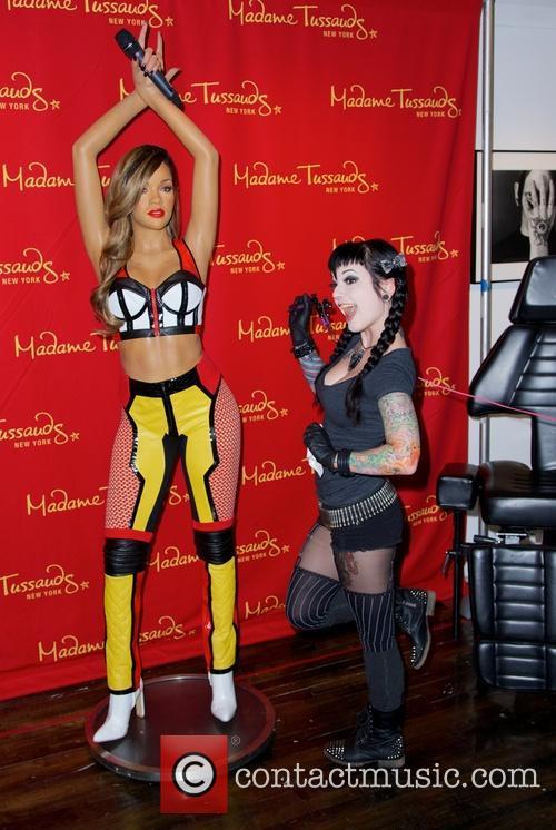 Rihanna and Jessica V 6