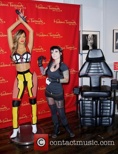 Rihanna and Jessica V 7
