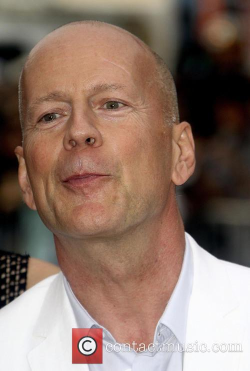 bruce willis los angeles premiere of red 3759348