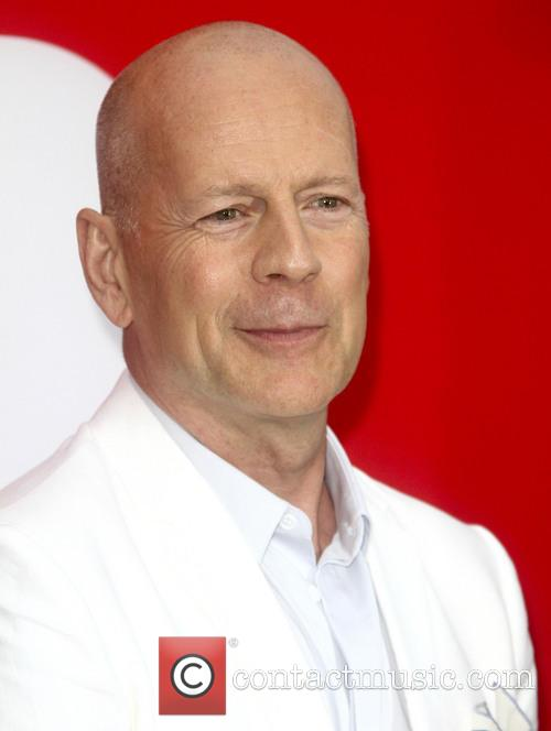 bruce willis los angeles premiere of red 3759350