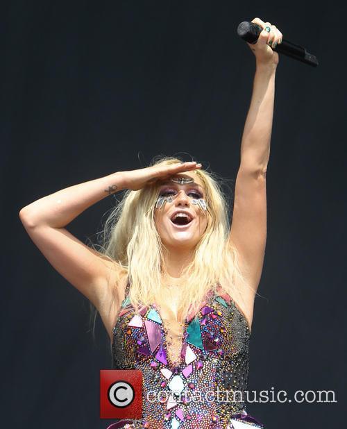 Kesha, Queen Elizabeth Olympic Park, Wireless Festival