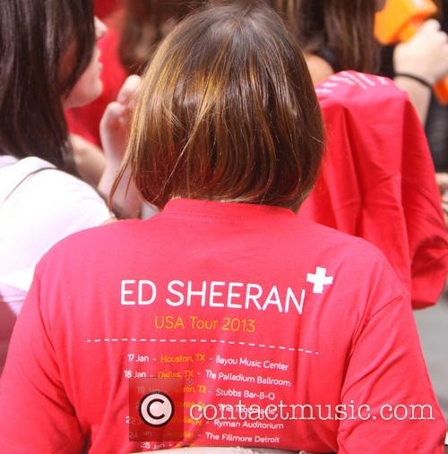 ed sheeran performs on today 3759600