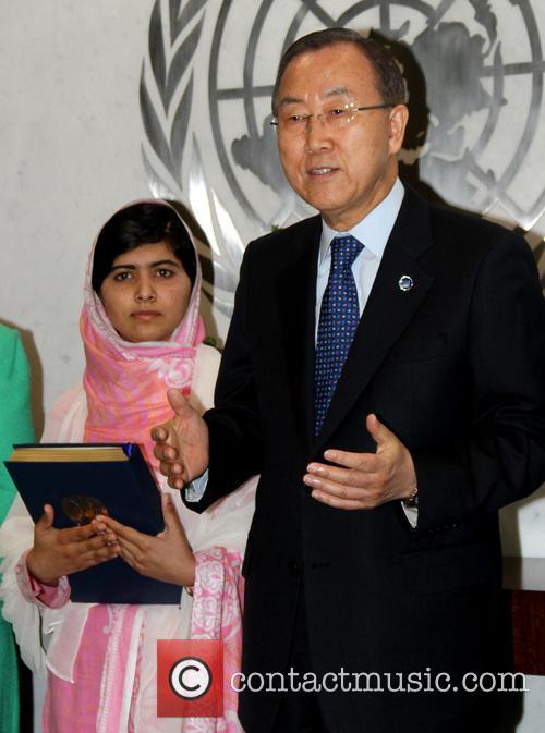 Malala Yousafzai and Ban Ki Moon 4