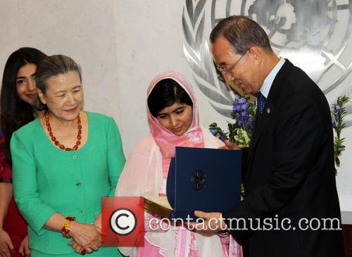 Mrs Ban Ki Moon, Malala Yousafzai and Ban Ki Moon 4