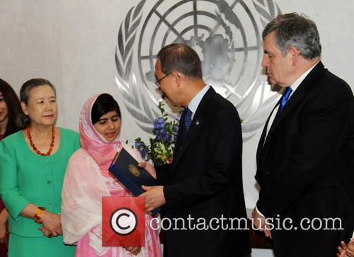 Mrs Ban Ki Moon, Malala Yousafzai, Ban Ki Moon and Gordon Brown 5