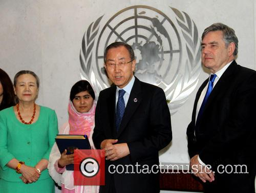 Mrs Ban Ki Moon, Malala Yousafzai, Ban Ki Moon and Gordon Brown 7