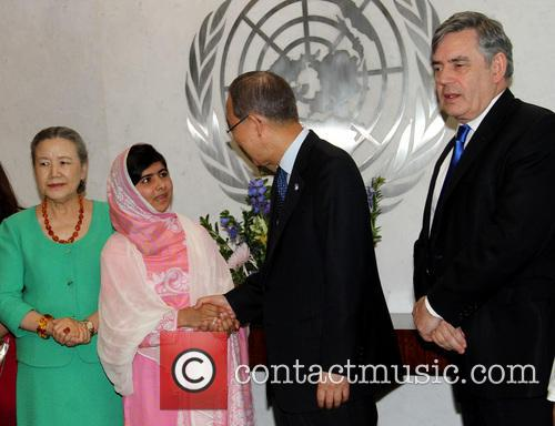 Mrs Ban Ki Moon, Malala Yousafzai, Ban Ki Moon and Gordon Brown 8