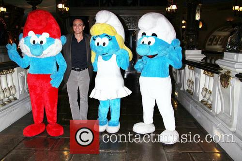 Hank Azaria and Smurfs 2