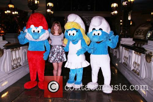 Jayma Mays and Smurfs 7