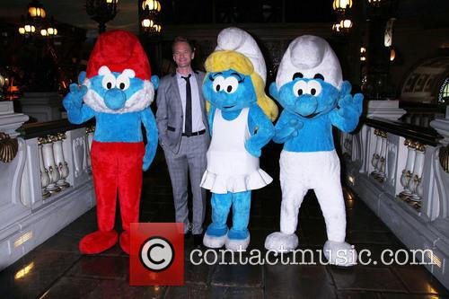 Neil Patrick Harris and Smurfs 1