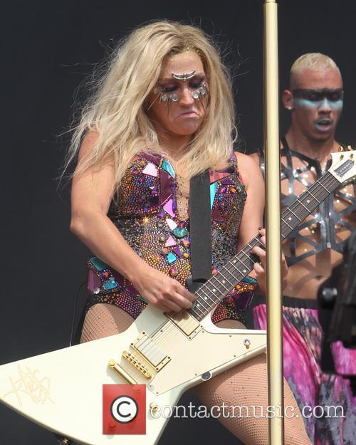 Kesha Wireless Festival