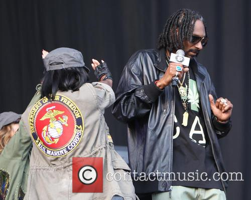 Snoop Lion, Calvin Cordozar Broadus and Jr 7
