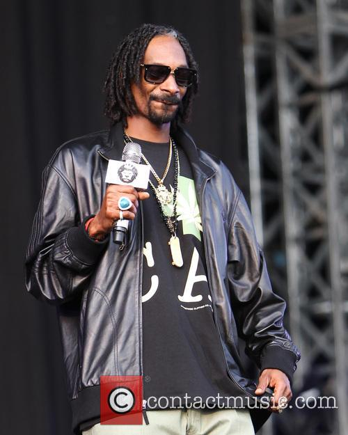 Snoop Lion, Calvin Cordozar Broadus and Jr 11