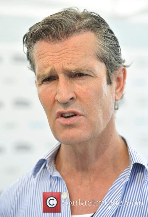 rupert everett get reading festival held on 3760383