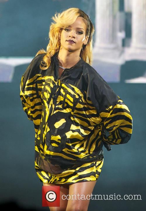 rihanna t in the park 2013  3760639