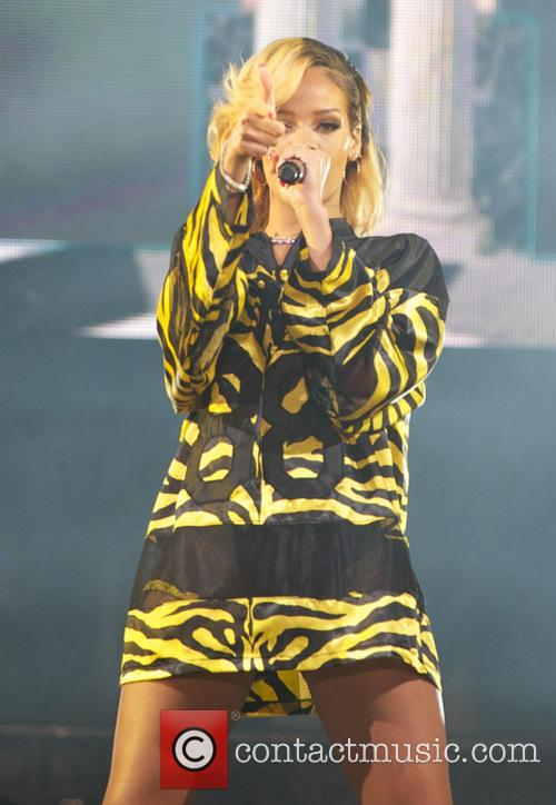 rihanna t in the park 2013  3760648
