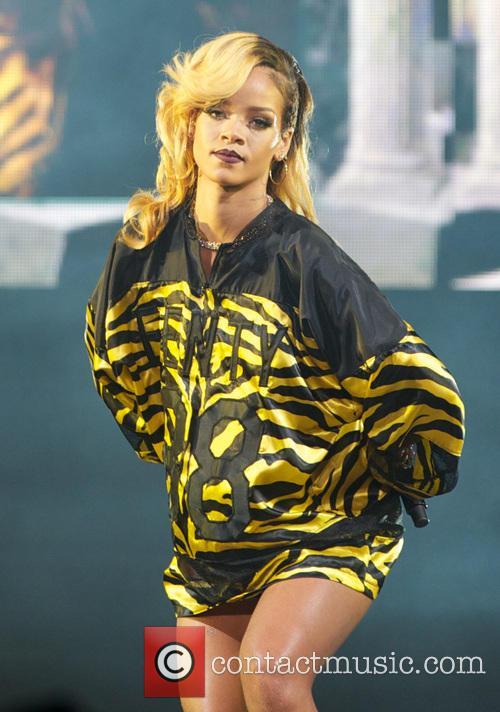 Rihanna 31