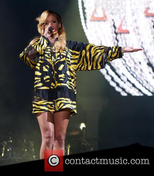 Rihanna 61